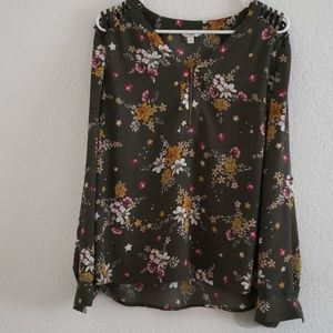 Candies drab green floral fall blouse